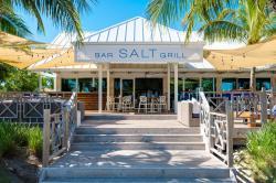 Salt Bar & Grill