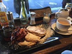 The Lansdowne Cafe