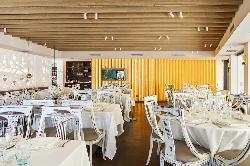 Rocxi Beach Restaurant & Tapas