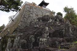 Juhachirakan at Kannoji Temple