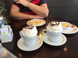 Cafe Com Bolo
