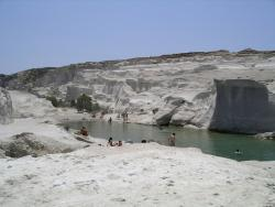 Travel me to Milos Tours