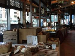 Frühstücksbuffet im Egon