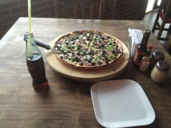 Gechi Pizzas & Lasagna