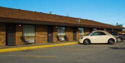 Meadowlark Motor Inn & Restaurant