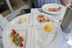 Dessertvariation im Juster Toer
