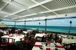 Naru Restaurant and Lounge