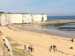 ‪Kingsgate Bay‬