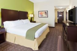 Holiday Inn Express & Suites Rome-East