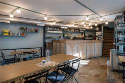 Dioskouroi Cafe-Tavern