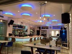 Prestige cocktail bar