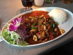 Thaitanic pub & restaurant