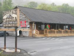 ‪Mountain Pizzeria Restaurant‬