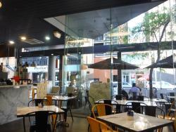 Luxxe Cafe