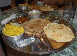 Tanatan Gujarati Food