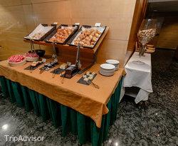 Restaurant Kronos at the Golden Tulip Andorra Fenix Hotel