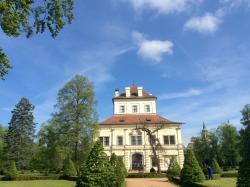 Castle Ostrov