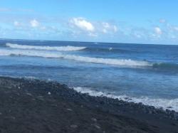 Taharuu Beach