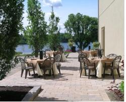 The Consulate Dining Lounge on Innis Lake