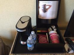 Nice Marriott next to Long Beach Airport with great staff, despite a bit pricey