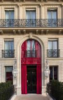 Entrance - La Réserve Paris (193459330)