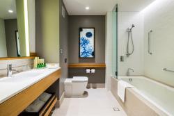 Executive Marina View Room - Bathroom