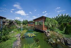 Tsirani Garden Restaurant