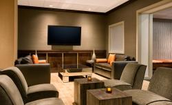 Newly renovated seating area of Hudson Grille is perfect for transient and leisure guests to unw