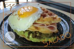 Amikuu Café