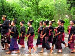 Lombok Bau Nyale Festival