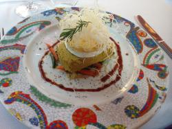 Mus de verduras con queso de cabra y fideos chinos