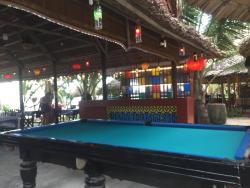 Hungover Beach Bar & Restaurant
