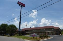 Red Roof Inn & Suites Cleveland, TN