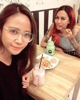 Chameleon Cafe'