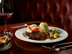 Carver's Steakhouse - Sheraton Cavalier Saskatoon