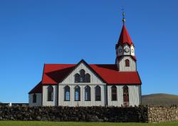Sandavagur Church