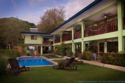 MAVI Surf Hotel de Dominical