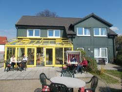 Cafe & Pension Am Achterwasser