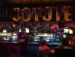 ‪Coyote Ugly Bar‬