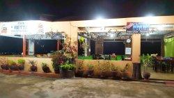 Retta Cafe