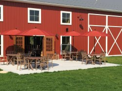 Eight Oaks Craft Distillers