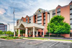 Hyatt Place Birmingham / Inverness