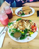 Ashker's Juice Bar & Bistro