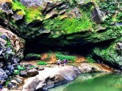 Hinulugan Falls