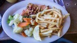 Fresh Salmon Lunch