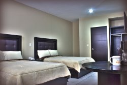 Hotel Queenton