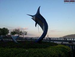 Marlin Statue