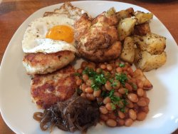 Brunch and Dinner at the Flying Apron - yummy!