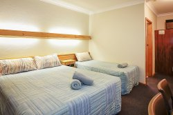 Cooma Country Club Motor Inn