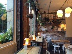 Evelyn's Cafe Bar